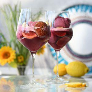 Rotweinglas-für-gin-min