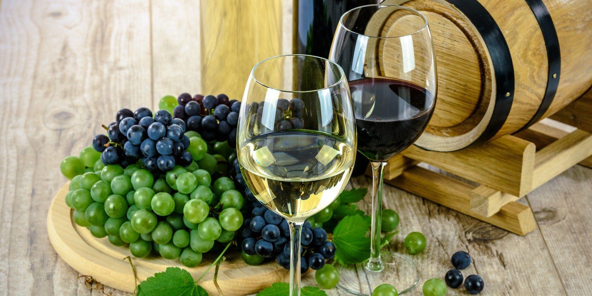 Weißwein-Rotwein-servieren-temperatur